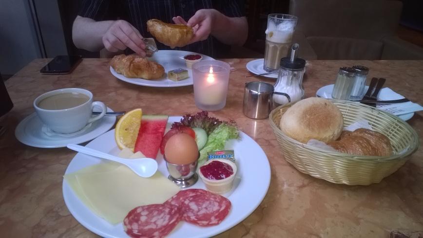 Cafe LebensArt, Berlin - Emma's Picture Postcards