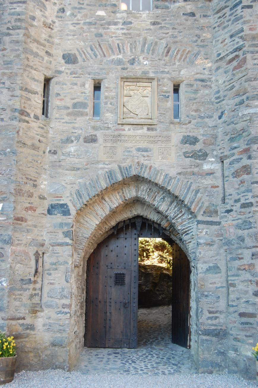 Eilean Donan Castle - Emma's Picture Postcards